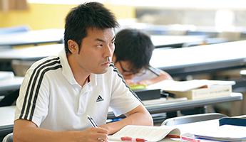 卒業と同時に高度専門士を取得。大学院への進学も可能に